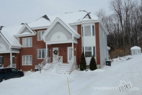 Houses For Sale In Pincourt >> Single Family Home For Sale In Pincourt Quebec 310 Rue