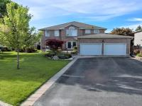 Townhouse For Sale Aurora, ON