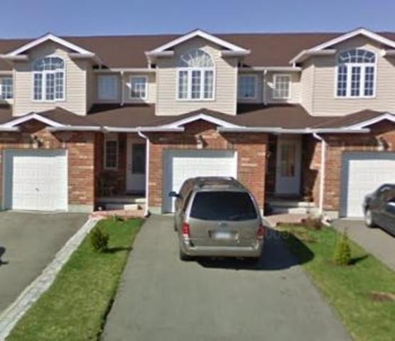 Homes For Sale In Guelph Ontario >> 2 Storey Home For Sale In Guelph Ontario 44 Hasler Crescent
