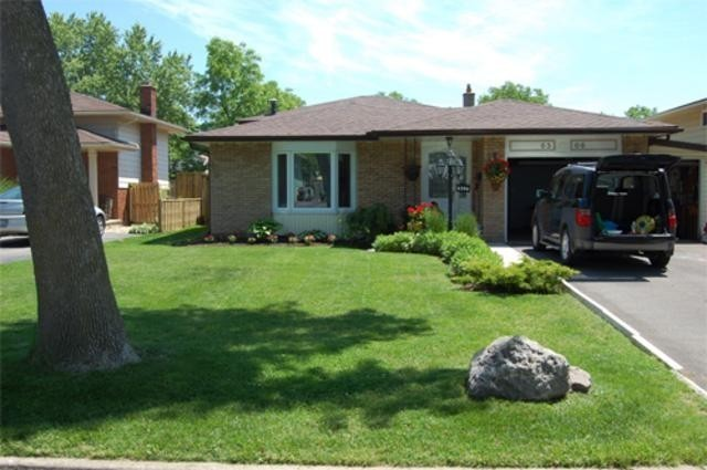 Fabulous Detached Home For Sale In Niagara Falls Ontario 6506 Home Interior And Landscaping Ponolsignezvosmurscom